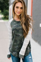 Army-green Camouflage  Stripe Splicing Casual Top