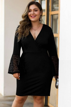 Black Lace Splicing Flare Sleeve Casual Plus Size Dress